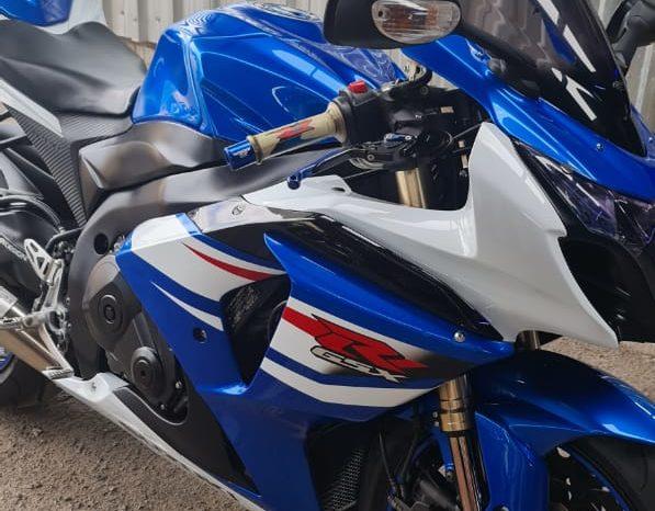 2010 Suzuki GSXR 1000 full
